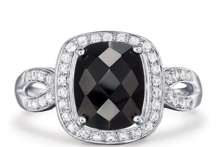 Avon Sterling Silver Black Onyx Ring